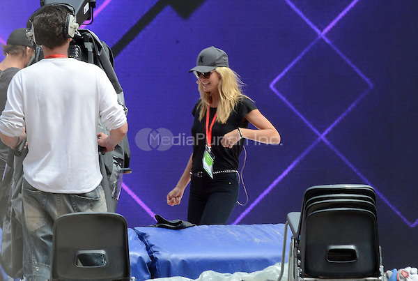 Model Heidi Klum in test during the final of Germany's Next Top Model program in the Coliseo Balear in Mallorca. At the same time 5 finalists models during a break. Mallorca, 11.05.2016. Credit: JLS/insight media /MediaPunch ***FOR USA ONLY***