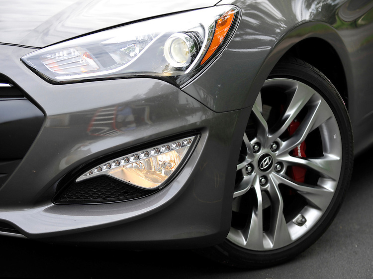 Nose of the 2013 Hyundai Genesis Coupe 3.8 Track A/T