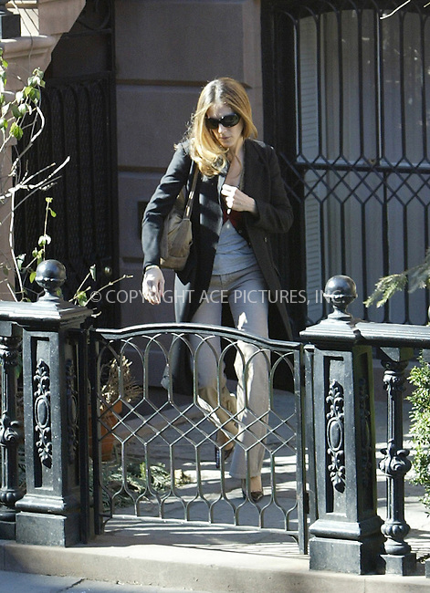 WWW.ACEPIXS.COM . . . . .  ....NEW YORK, MARCH 14, 2005....Sarah Jessica Parker heads out of her home on beautiful day in the West Village.....Please byline: Ian Wingfield - ACE PICTURES..... *** ***..Ace Pictures, Inc:  ..Philip Vaughan (646) 769-0430..e-mail: info@acepixs.com..web: http://www.acepixs.com
