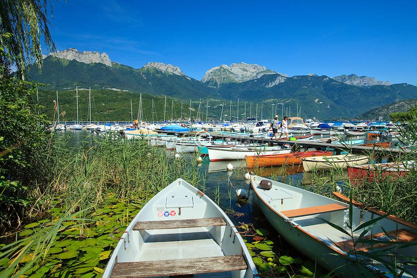 France, Haute-Savoie (74), Saint-Jorioz, lac d'Anneçy, le port de plaisance // France, Haute-Savoie, Saint-Jorioz, lake Anneçy, the Marina