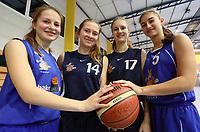Schwestern teilen beim TV Groß-Gerau die Leidenschaft fürs Basketball: vlnr Ida und Marla Schaab, Carina und Miriam Aillaud - Gross-Gerau 14.12.2017: TV Groß-Gerau