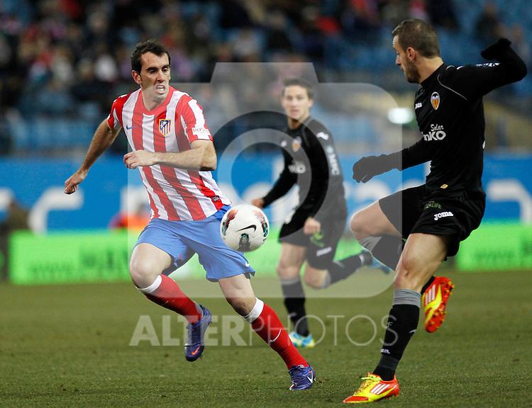 Madrid (05/02/2012) LIGA BBVA.Atletico de Madrid- Valencia C.F...GODIN, SOLDADO.....