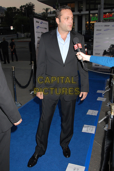 "VINCE VAUGHN.""Into The Wild"" Los Angeles Premiere at the Director's Guild Theater, West Hollywood, California, USA..September 18th, 2007.full length black suit interview microphone .CAP/ADM/BP.©Byron Purvis/AdMedia/Capital Pictures."