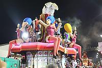 SÃO PAULO, SP, 12.02.16 - CARNAVAL-SP - Integrantes da escola de samba Vai-Vai quarta colocada do Grupo Especial  durante desfile das campeãs do carnaval de São Paulo no sambódromo do Anhembi na região norte da cidade na madrugada deste sábado, 13. (Foto: Vanessa Carvalho/Brazil Photo Press/Folhapress)
