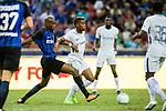 Chelsea Midfielder Charly Musonda (R) fights for the ball with FC Internazionale Midfielder Geoffrey Kondogbia (L) during the International Champions Cup 2017 match between FC Internazionale and Chelsea FC on July 29, 2017 in Singapore. Photo by Weixiang Lim / Power Sport Images