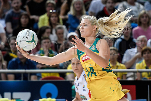 09.10.2016. Qudos Bank Arena, Sydney, Australia. Constellation Cup Netball. Australia Diamonds versus New Zealand Silver Ferns. Australias Gretel Tippett in action. The Diamonds won the game 68-56.