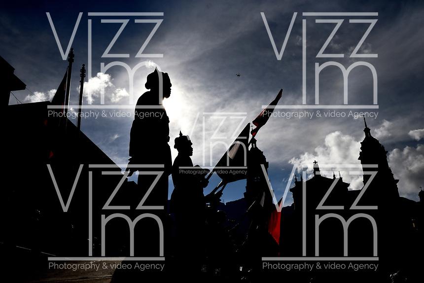 BOGOTÁ-COLOMBIA, 27-10-2019: Soldados del Ejército Nacional en la Plaza de Bolívar, durante la jornada de Elecciones Autoridades Territoriales 2019. / Soldiers of the National Army in the Plaza de Bolívar, during the day of Elections Territorial Authorities 2019. / Photo: VizzorImage/ Luis Ramírez / Staff.