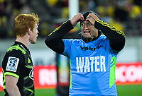 Hurricanes assistant coach Carlos Spencer talks to Finlay Christie (left) during the Super Rugby match between the Hurricanes and Rebels at Westpac Stadium in Wellington, New Zealand on Saturday, 4 May 2019. Photo: Dave Lintott / lintottphoto.co.nz