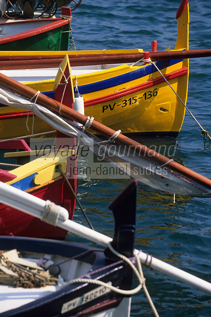 Europe/France/Languedoc-Roussillon/66/Pyrénées -Orientales/Collioure:le port  détail des barques catalanes