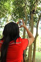 RIO DE JANEIRO, RJ, 03.06.2014  - CENA DO DIA MACACOS JARDIM BOTÂNICO RJ - Macacos Pregos foram vistos no Jardim Botânico nesse final de tarde e fizeram a alegria dos turistas presentes no Jardim Botânico zona sul da cidade nessa terça 03. (Foto: Levy Ribeiro / Brazil Photo Press)