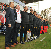 20180406 - LEUVEN , BELGIUM : Belgian coach Ives Serneels and his technical staff  pictured during the national hymn of the female soccer game between the Belgian Red Flames and Portugal , the fourth game in the qualificaton for the World Championship qualification round in group 6 for France 2019, Friday 6 th April 2018 at OHL Stadion Den Dreef in Leuven , Belgium. PHOTO SPORTPIX.BE | DIRK VUYLSTEKE