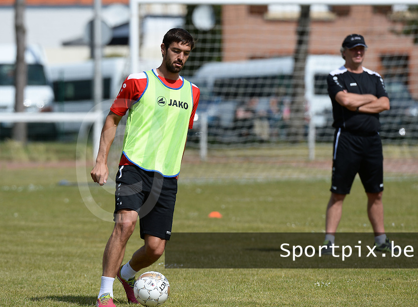 KV Kortrijk Stage Berck sur Mer : training met Benoit Poulain <br /> foto VDB / BART VANDENBROUCKE