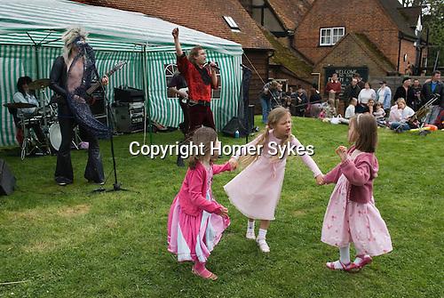 May Day Fair, Glam Rock Band The Look. South Stoke Berkshire UK  2006