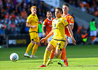 Blackpool's Jordan Thompson vies for possession with Milton Keynes Dons' Jordan Houghton<br /> <br /> Photographer Alex Dodd/CameraSport<br /> <br /> The EFL Sky Bet League One - Blackpool v MK Dons  - Saturday September 14th 2019 - Bloomfield Road - Blackpool<br /> <br /> World Copyright © 2019 CameraSport. All rights reserved. 43 Linden Ave. Countesthorpe. Leicester. England. LE8 5PG - Tel: +44 (0) 116 277 4147 - admin@camerasport.com - www.camerasport.com