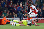 14.09.2017, Emirates Stadium, London, GER, Europa League, Arsenal London vs 1. FC Koeln, im Bild<br /> <br /> im Zweikampf von links: Milos Jojic ( Koeln #8 ), Ainsley Maitland-Niles ( Arsenal #30 )<br /> <br /> <br /> Foto &copy; nordphoto / Treese
