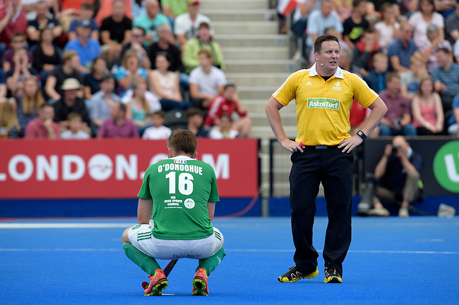 ENG - London, England, August 29: During the men bronze medal match between Ireland (green) and England (red) on August 29, 2015 at Lee Valley Hockey and Tennis Centre, Queen Elizabeth Olympic Park in London, England. Final score 4-2 (2-2). (Photo by Dirk Markgraf / www.265-images.com) *** Local caption *** Shane O'DONOGHUE #16 of Ireland