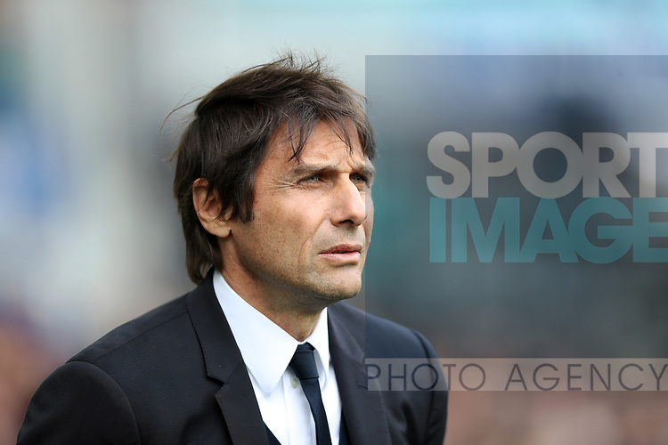 Antonio Conte manager of Chelsea during the English Premier League match at Goodison Park , Liverpool. Picture date: April 27th, 2016. Photo credit should read: Lynne Cameron/Sportimage