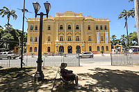 RECIFE, PE, 26.02.2014 - PALÁCIO DO CAMPO DAS PRINCESAS - Vista do Palacio do Campo das Princesas, sede do governo de Pernambuco que foi ree-inaugurado no ultimo dia 14 de fevereiro. O Palacio passou por uma reforma que durou quase dois anos no bairro de Santo Antonio regiao central de Recife, nesta quarta-feira, 26. O Palácio do Campo das Princesas é a sede administrativa do poder executivo do estado de Pernambuco. Idealizado desde 1786pelo governador José César de Meneses, foi construído em 1841 pelo engenheiro Morais Âncora, a mando do governador Francisco do Rego Barros, no local onde ficava o Erário Régio. (Foto: William Volcov / Brazil Photo Press).