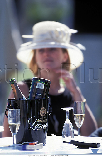 Champagne at the races, Glorious Goodwood, 990727. Photo: Glyn Kirk/Action Plus...1999.hospitality.horse racing.racegoer.