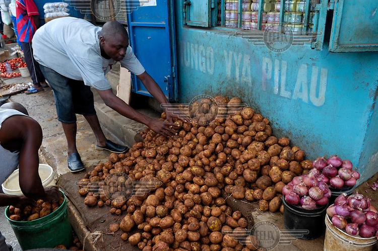 Potatoes for sale at Kariakoo market.