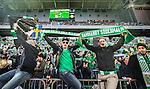 Stockholm 2014-04-14 Fotboll Superettan Hammarby IF - Degerfors IF :  <br /> Hammarby supportrar med halsdukar<br /> (Foto: Kenta J&ouml;nsson) Nyckelord:  HIF Bajen Degerfors  supporter fans publik supporters