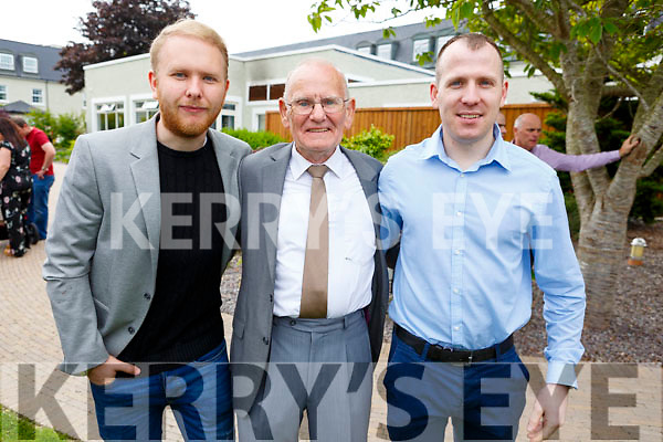 Enjoying the sun and fun at the Dairymaster 50th Anniversary BBQ in the Ballygarry Hotel on Sunday.<br /> L-r, Lawrence Kelly. Maurice Reidy and David Reidy.