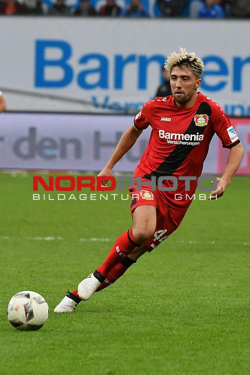22.10.2016, BAYARENA, Leverkusen, GER, 1.FBL., Bayer 04 Leverkusen vs. TSG 1899 Hoffenheim  <br /> <br /> im Bild / picture shows: <br /> Kevin Kampl (Leverkusen #44),<br /> <br /> <br /> <br /> Foto &copy; nordphoto / Meuter