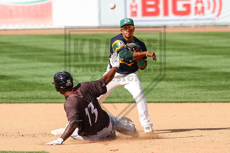 BELOIT - September 2014: Melvin Mercedes (2) of the Beloit Snappers during a game against the Wisconsin Timber Rattlers on September 1st, 2014 at Pohlman Field in Beloit, Wisconsin.  (Photo Credit: Brad Krause)