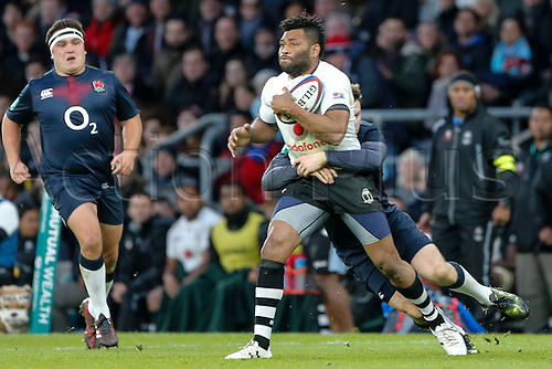 19.11.2016. Twickenham, London, England. Autumn International Rugby. England versus Fiji.  Metuisela Talebula of Fiji is tackled by Elliot Daly of England.   Final score: England 58-15 Fiji.