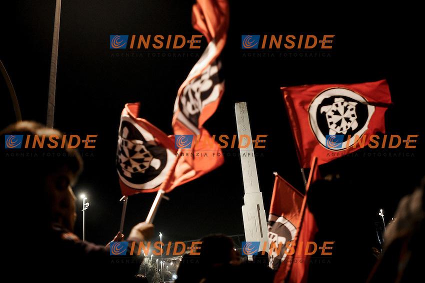 Roma 24/11/2012 .Manifestazione di Casa Pound, associazione di promozione sociale di ispirazione fascista,  contro il governo Monti, contro le banche e contro la riforma delle pensioni. .foto Christian Mantuano/Insidefoto