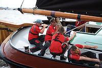 SKÛTSJESILEN: FRYSLÂN: SKS kampioenschap 2015, Skûtsje Earnewâld schipper Gerhard Pietersma, ©foto Martin de Jong