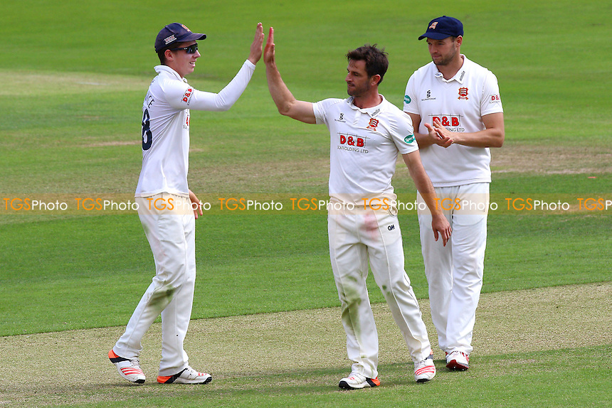 Ryan ten Doeschate of Essex (C) is congratulated by his team mates after taking the wicket of Callum Jackson during Essex CCC vs Kent CCC, Specsavers County Championship Division 2 Cricket at the Essex County Ground on 3rd July 2016