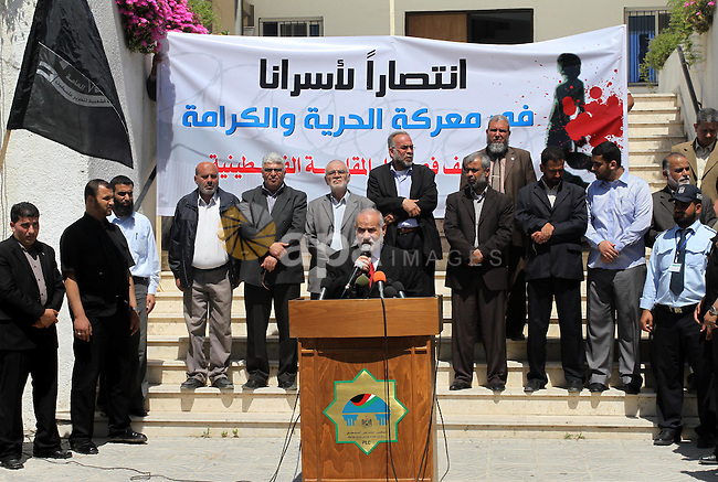 The spokesman of the parliament Ahmed Bahr delivers speech during a rally in the Legislative Council in Gaza City on April 24, 2012 in solidarity with Palestinian prisoners held in Israel. Photo by Mohammed Asad