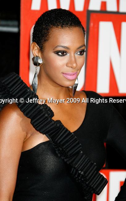NEW YORK, New York - September 13: Singer Solange Knowles arrives at the 2009 MTV Video Music Awards at Radio City Music Hall on September 13, 2009 in New York, New York.