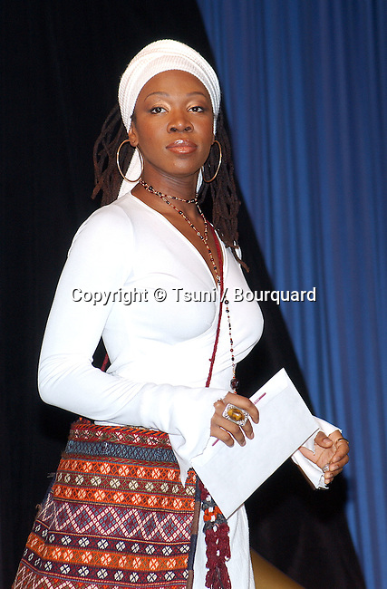 Indie Arie at 44th Grammy nominee press conference at the Beverly Hilton Hotel in Los Angeles Friday, Jan. 4, 2002.           -            IndiaArie26.jpg