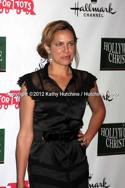 LOS ANGELES - NOV 25:  Arianne Zucker arrives at the 2012 Hollywood Christmas Parade at Hollywood & Highland on November 25, 2012 in Los Angeles, CA