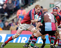 2004/05 Heineken_Cup, NEC,Harlequins vs Munster, RFU Twickenham,ENGLAND:.Munster's Paul O'Connell, goes for the gap..Photo  Peter Spurrier. .email images@intersport-images.com...