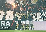 Solna 2015-10-04 Fotboll Allsvenskan AIK - Malm&ouml; FF :  <br /> AIK:s Henok Goitom firar sitt 1-0 m&aring;l med lagkamrater framf&ouml;r AIK:s supportrar under matchen mellan AIK och Malm&ouml; FF <br /> (Foto: Kenta J&ouml;nsson) Nyckelord:  AIK Gnaget Friends Arena Allsvenskan Malm&ouml; MFF jubel gl&auml;dje lycka glad happy supporter fans publik supporters