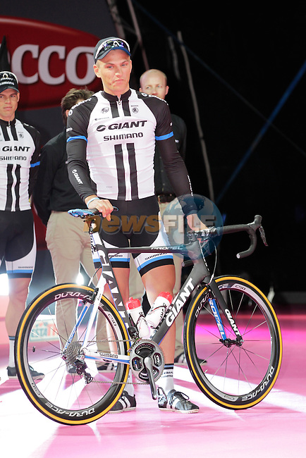 Marcel Kittel (GER) Team Giant-Shimano arrives onto stage at the Team Presentation Ceremony held at City Hall in Belfast before the start of 2014 Giro d'Italia.8th May 2014.<br /> Picture: Eoin Clarke www.newsfile.ie