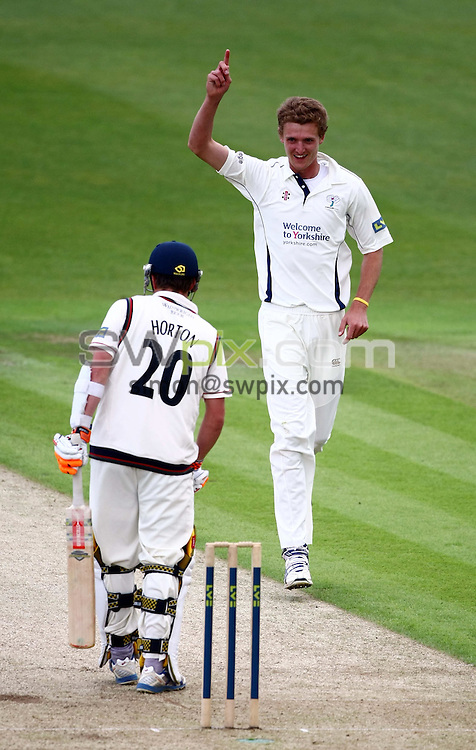 PICTURE BY VAUGHN RIDLEY/SWPIX.COM - Cricket - County Championship - Yorkshire v Lancashire, Day 2 - Headingley, Leeds, England - 30/05/10...Copyright - Simon Wilkinson - 07811267706...Yorkshire's Oliver Hannon-Dalby celebrates the wicket of Lancashire's Paul Horton.