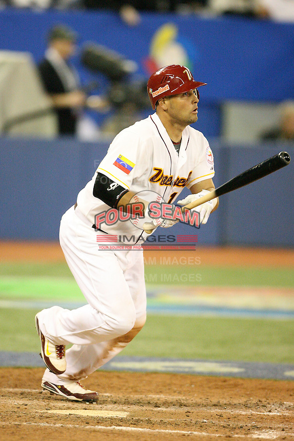 March 7, 2009:  Catcher Ramon Hernandez (19) of Venezuela during the first round of the World Baseball Classic at the Rogers Centre in Toronto, Ontario, Canada.  Venezuela defeated Italy 7-0 in both teams opening game of the tournament.  Photo by:  Mike Janes/Four Seam Images