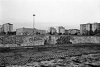 milano, quartiere lorenteggio, periferia ovest --- milan, lorenteggio district, west periphery