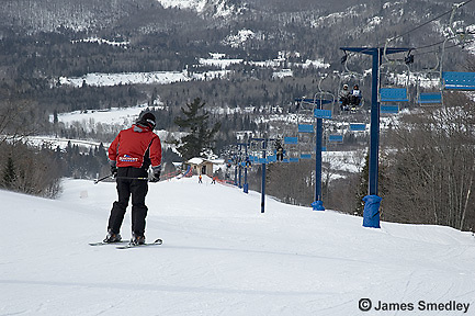 Family downhill ski adventure at Searchmont Resort