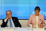 Manuel Fraga y Maria Dolores de Cospedal durante el Comite Ejecutivo Nacional del PP..(ALTERPHOTOS/Acero).