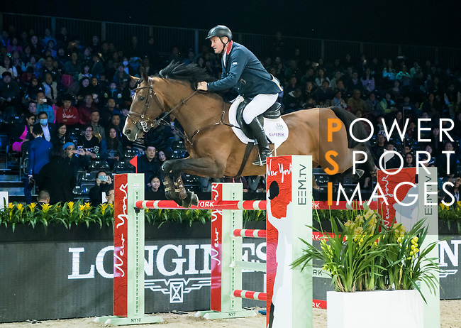 Robert Smith of Great Britain riding Ilton competes at the Hong Kong Jockey Club Trophy during the Longines Masters of Hong Kong at AsiaWorld-Expo on 09 February 2018, in Hong Kong, Hong Kong. Photo by Diego Gonzalez / Power Sport Images