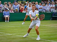London, England, 5 th. July, 2018, Tennis,  Wimbledon, Women's doubles: Elise Mertens (BEL( and Demi Schuurs (NED) (R)<br /> Photo: Henk Koster/tennisimages.com