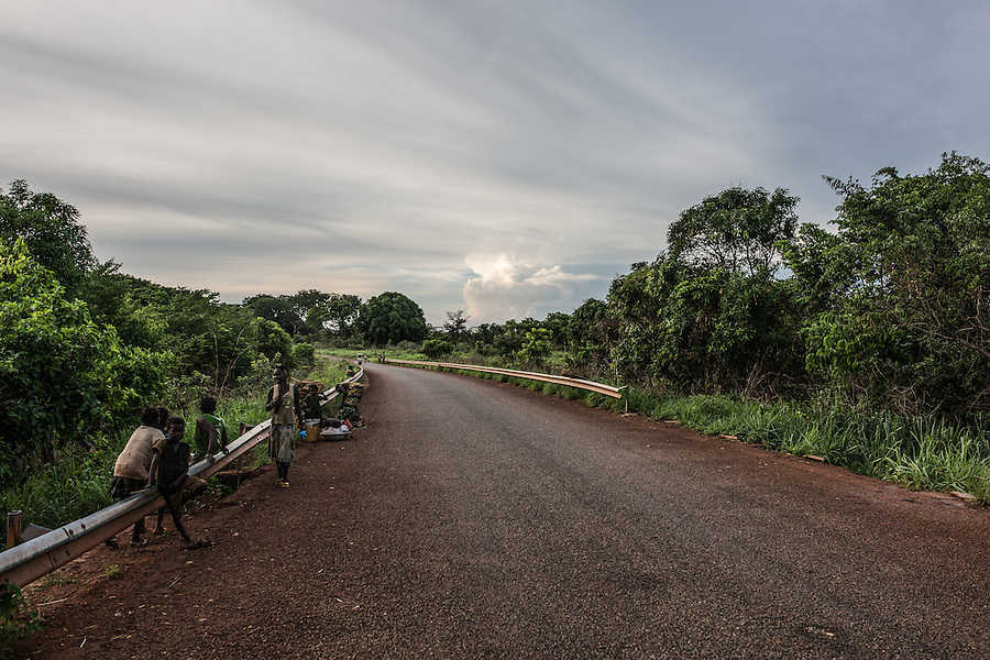 CAR: the road between Bangui and the city of Yelloke. 23th April 2016<br /> <br /> RCA: la route entre Bangui et la ville de Yelloke. 23 avril 2016