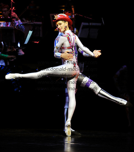 """Final Dress rehearsal for Scottish Ballet's autumn season double-bill """"The Rite of Spring"""" and """"Elite Syncopations"""" at the Theatre Royal (Glasgow) - principal dancers (centre) Erik Cavallari and Sophie Martin during Elite Syncopations - the season opens tomorrow (26th Sept) - picture by Donald MacLeod - 25.09.13 – 07702 319 738 – clanmacleod@btinternet.com – www.donald-macleod.com"""
