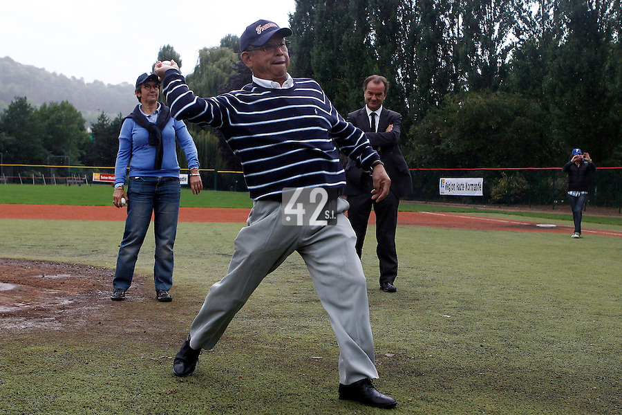 17 July 2011: Yoshio Yoshida throws the first pitch during the 2011Challenge de France final match won 6-4 by the Rouen Huskies over the Savigny Lions, at Stade Pierre Rolland, in Rouen, France.