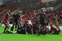 Dan Davis of Scarlets scores his sides fifth try during the Guinness Pro14 Round 5 match between Scarlets and Isuzu Southern Kings at the Parc Y Scarlets in Llanelli, Wales, UK. Saturday 29 September 2018